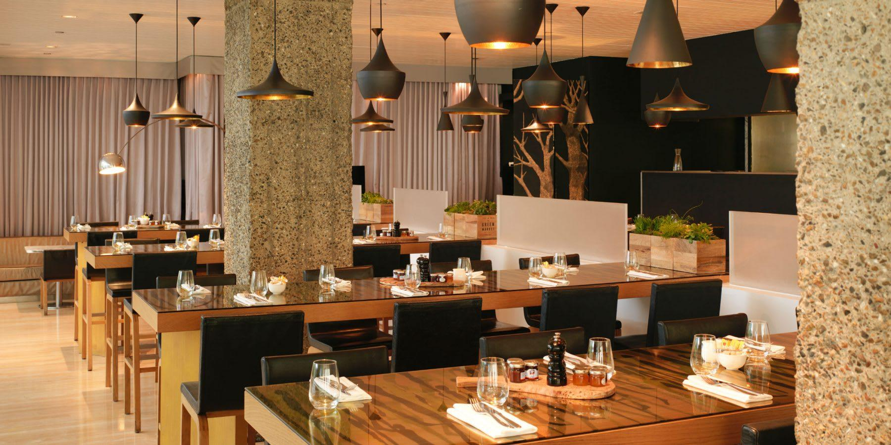 the restaurant at sanderson dining area