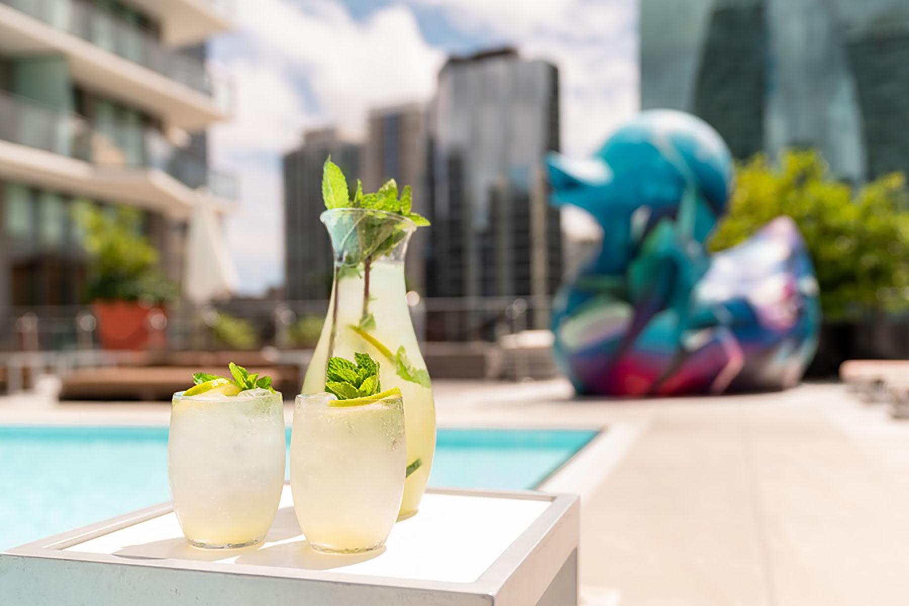 Cocktails at Altitude Brickell