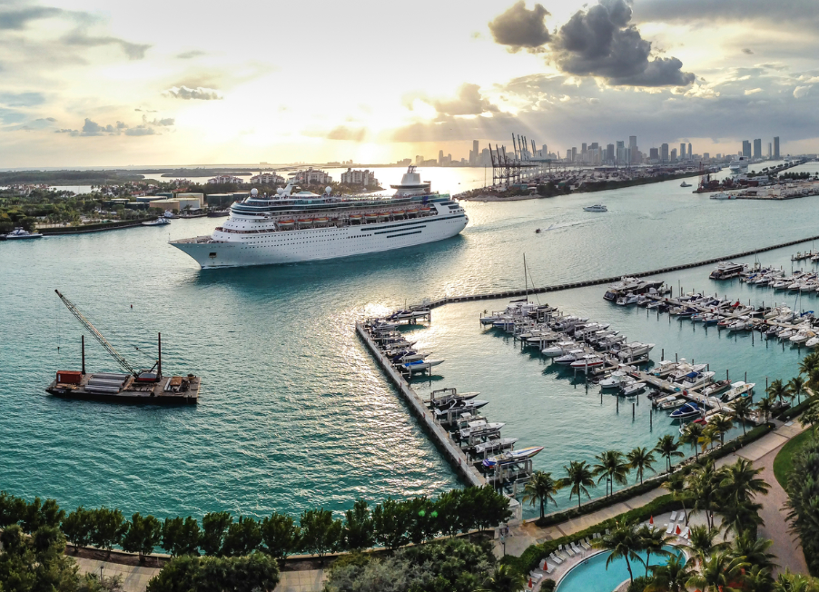 cruise-ship-harbour-view